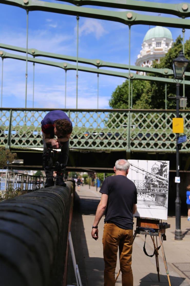 2016 07 29 Gerard Byrne Plein Air Painting Hammersmith Bridge Pintar Rapido London Photo Credit Agata Byrne 2