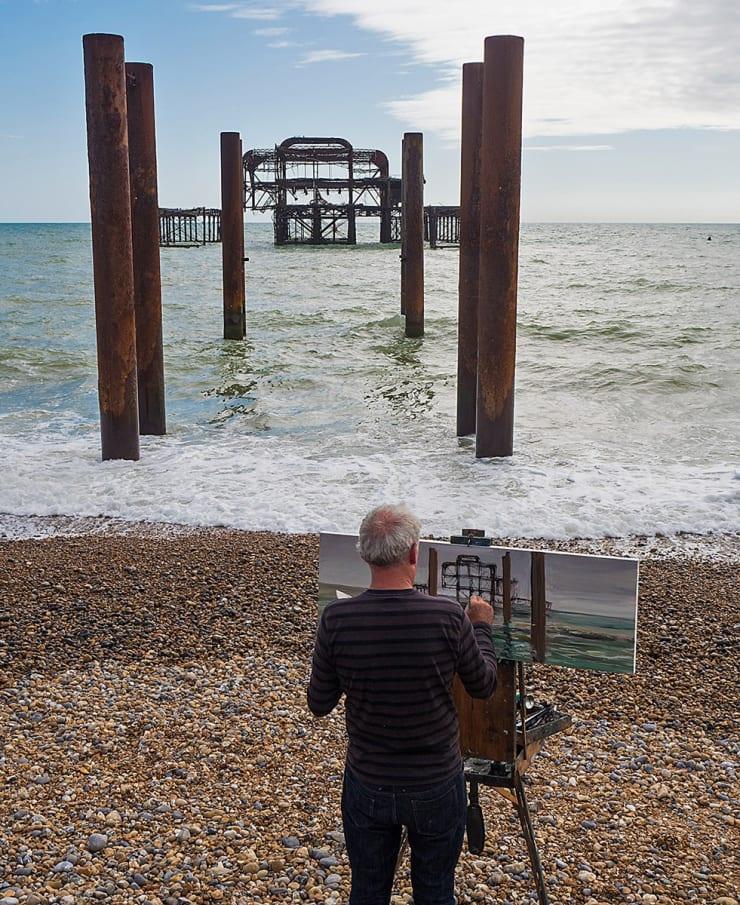 2016 09 Gerard Byrne Plein Air Painting West Pier Brighton Uk Photo Credit Albert Bowling 1