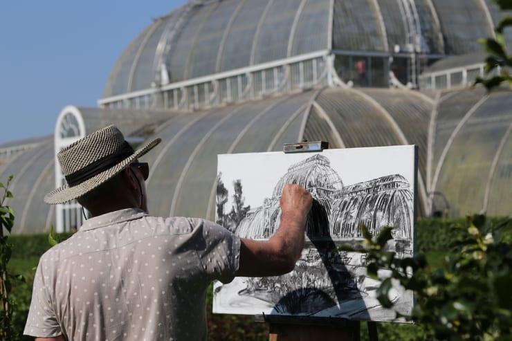 2018 05 07 Gerard Byrne Plein Air Painting The Palm House Kew Royal Botanic Gardens Richmond London Photo Credit Agata Byrne 6
