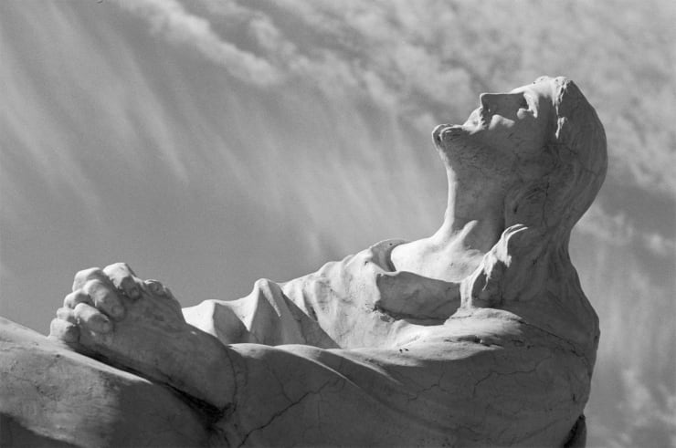 Dennis Hopper Mexico (Sculpture of Christ), 1961
