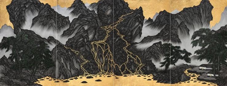 姚瑞中 好時光:五八行館, 2017 金箔.藝術筆.印度手工紙 133 × 352 cm (四拼)