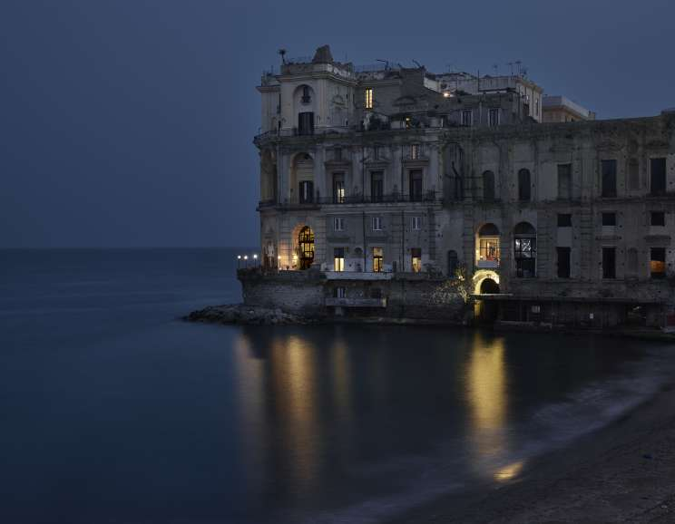 Gail Albert-Halaban - Palazzo Donn'anna, Naples, April