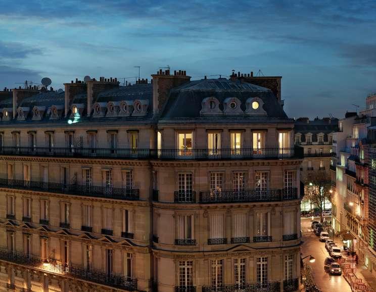 Gail Albert Halaban - 14 Rue Francois 1er, 8E, Le 14 Novembre