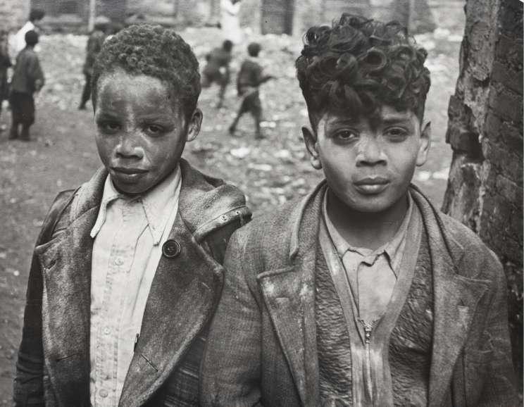 Helen Levitt - New York (two boys covered with white powder)