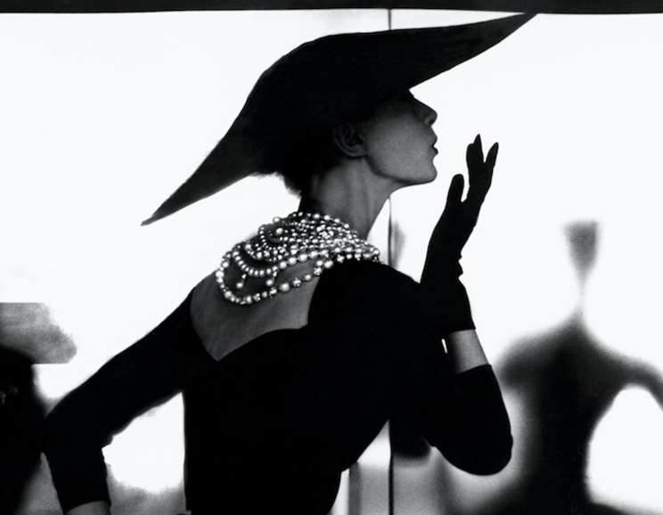 Lillian Bassman - Barbara Mullen Blowing Kiss (Variant)