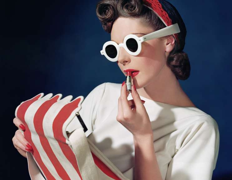 Horst P. Horst - Muriel Maxwell, Ensemble by Sally Victor, bag by Paul Flato, Sunglasses by Lugene