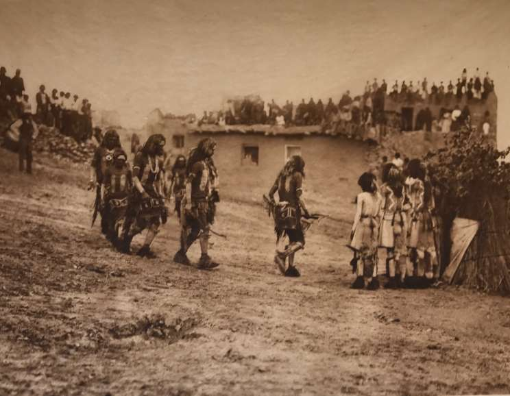 Edward S. Curtis - Flute dancers at Tureva spring