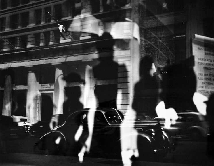 Lisette Model - Window Reflections, Fifth Avenue, NYC