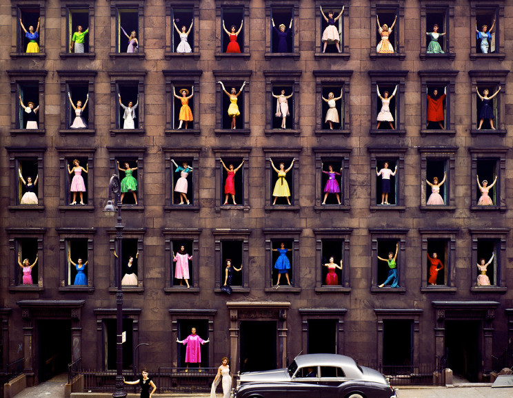 Ormond Gigli - Girls in the Windows, New York City