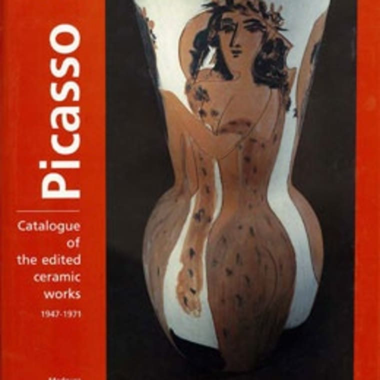 """Cover of """"Picasso Catalogue of the edited ceramic works 1947-1971"""" book"""