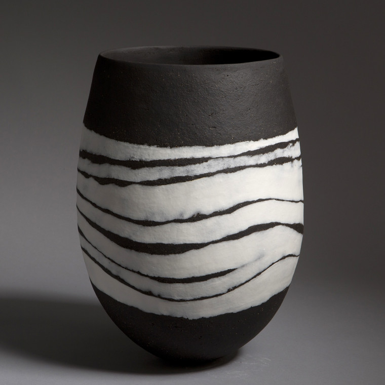 CONTAINED New contemporary ceramics by leading UK and International ceramicists