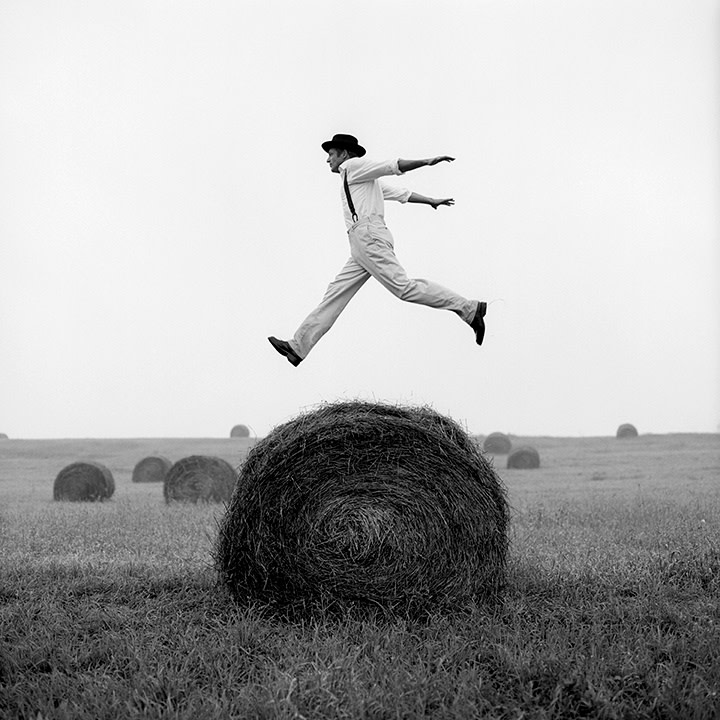 Rodney Smith, Don Jumping over Hay Roll no. 1, Monkton, Maryland, 1999