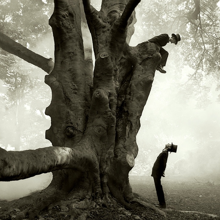 Rodney Smith, Twins in Tree, Snedens Landing, New York, 1999