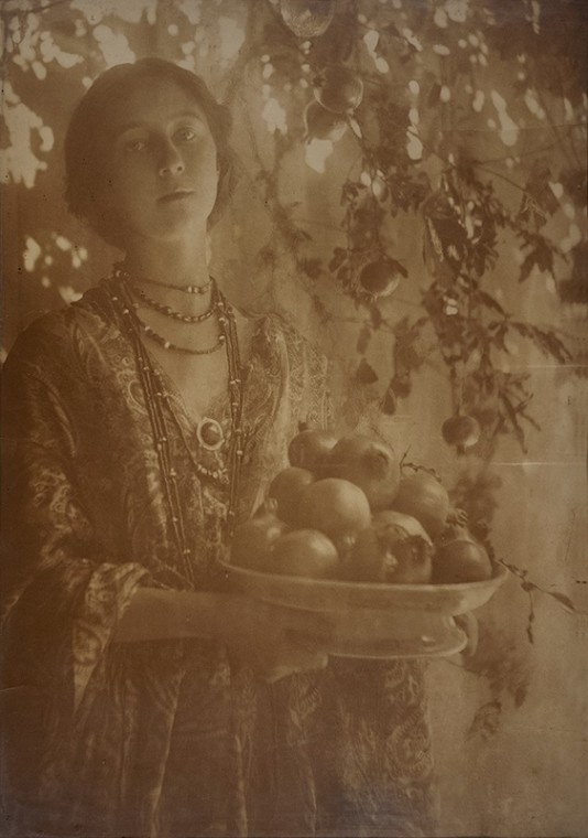 Minna Keene & Violet Keene Perinchief   Two Generations of Photography