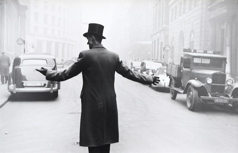 <p>London, 1951</p><p>© Robert Frank</p>