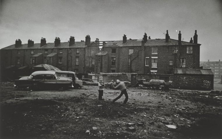 <em>Children Throwing Stones, Liverpool</em>, 1961-62