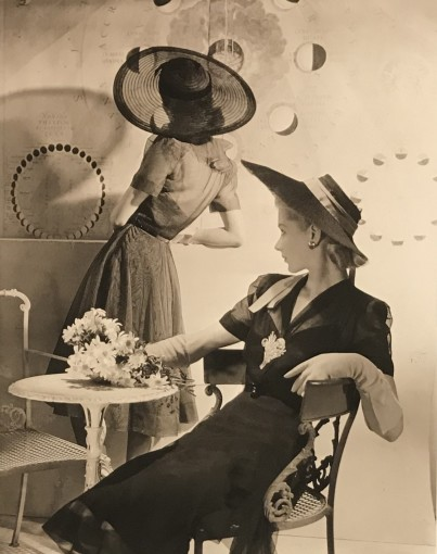 "<span class=""title"">Summer Hats, Fonssagrives and Lane, New York<span class=""title_comma"">, </span></span><span class=""year"">1940</span>"
