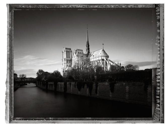 """<span class=""""title"""">Notre Dame V, Paris<span class=""""title_comma"""">, </span></span><span class=""""year"""">c 2014</span>"""