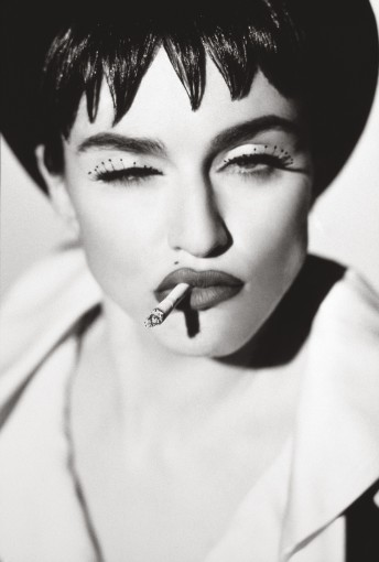"""<span class=""""title"""">Madonna VI, San Pedro<span class=""""title_comma"""">, </span></span><span class=""""year"""">1990</span>"""