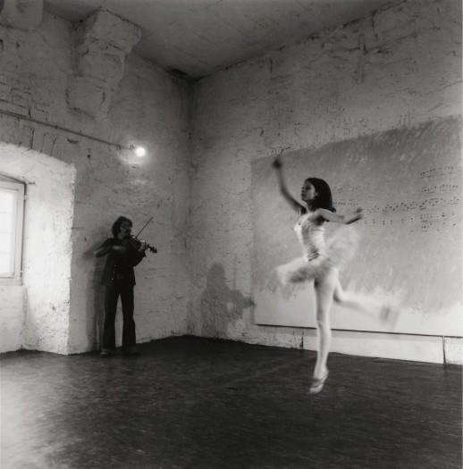 Performance of Da inventare sul posto at Documenta V in 1972. Photo © Paulo Mussat Sator. © 2016 DACS, London / SIAE, Rome