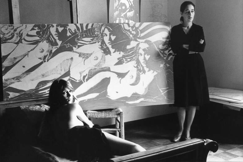 Giosetta Fioroni during a photoshoot with Dutch actress and model Talitha Getty in preparation for one of her silver portrait paintings. Photo Elisabetta Catalano.