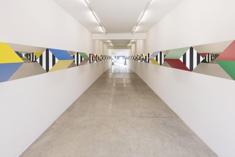 vista da exposição -- galeria nara roesler | são paulo, 2017