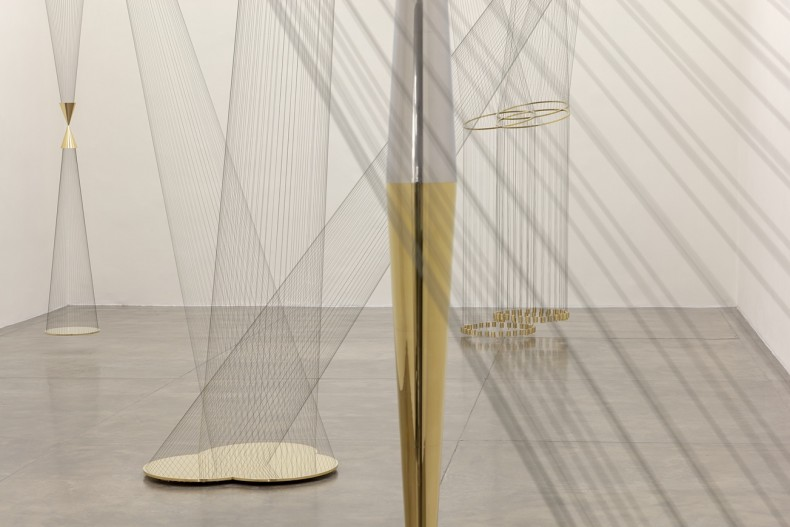 artur lescher: asterismos -- vista da exposição/exhibition view -- galeria nara roesler | são paulo -- foto/photo © Everton Ballardin cortesia do artista e/courtesy of the artist and galeria nara roesler