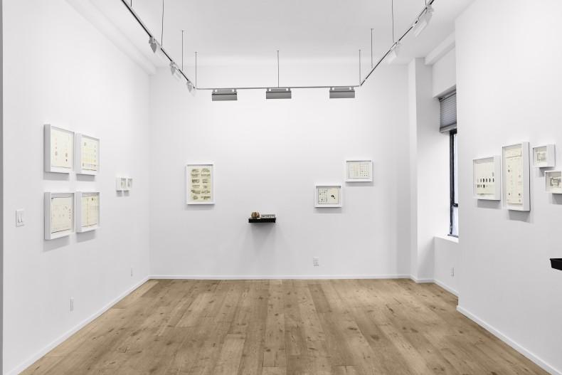 paul ramirez jonas: give and take -- vista da exposição/exhibition view -- galeria nara roesler | new york, 2018 -- foto/photo Will Wang © cortesia do artista e/courtesy of the artist and galeria nara roesler