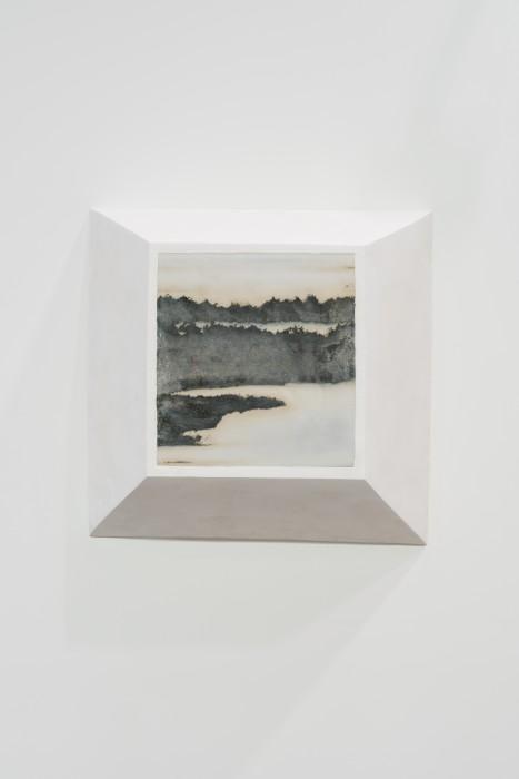 Not Vital Landscape, 2017 pedra e gesso 75 x 76 x 26 cm