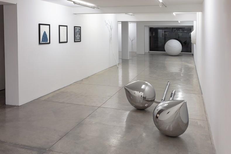 not vital: saudade -- vista da exposição -- galeria nara roesler | são paulo 2018 -- foto © Everton Ballardin, cortesia do artista e galeria nara roesler