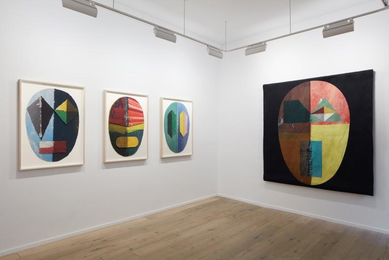 Alexandre Arrechea, Corners -- Galeria Nara Roesler | New York, 2019 -- photo © Pierce Harrison, cortesia do artista e...