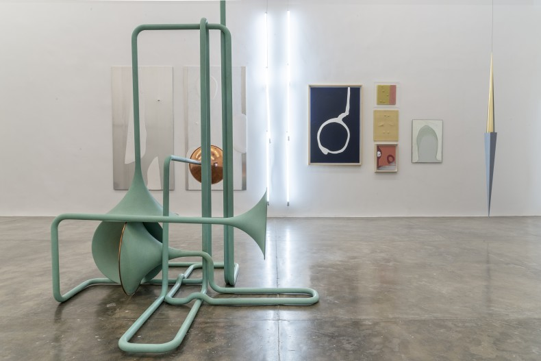 reflexões sobre espaço e tempo -- vista da exposição -- galeria nara roesler | são paulo, 2019 -- foto ©...