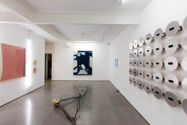 Reflexões sobre espaço e tempo, Galeria Nara Roesler | Rio de Janeiro, 2019 – Foto © Pat Kilgore – cortesia...