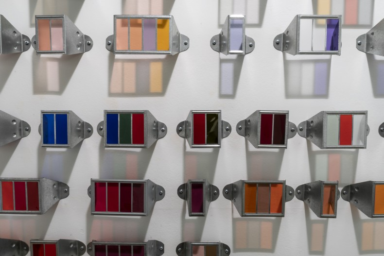 Lucia Koch Carta, 1996 / 2019 [detalhe] color filters and metal frames ed unique 160 x 185 x 5,5 cm/63 x 72,8 x 2,2 in