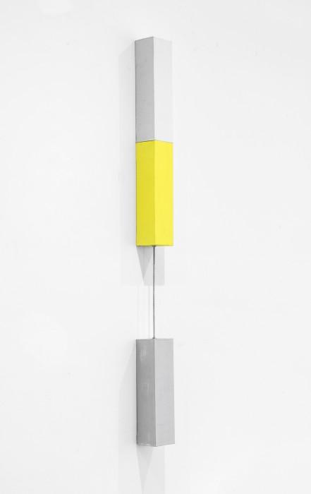 Sérgio Sister Tijolinho vertical, 2014 tinta óleo sobre tela sobre madeira e cabo de aço 99,5 x 6,5 cm