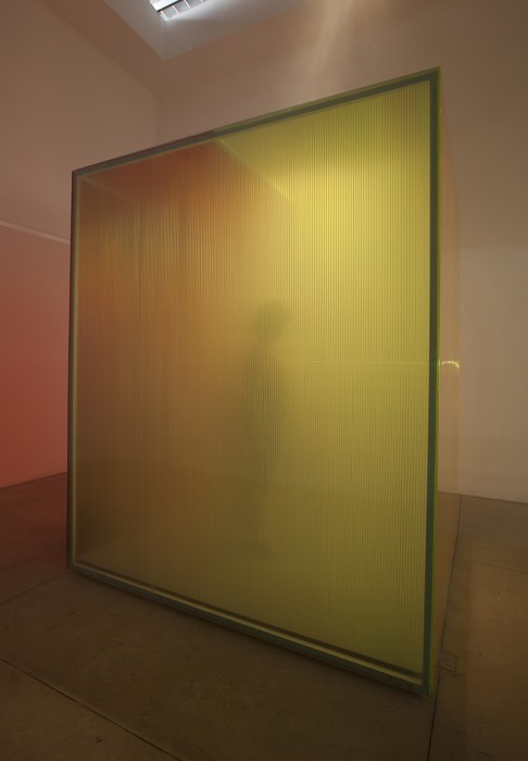 ann veronica janssens, blue red and yellow scale model # 2, 2000 / 2014