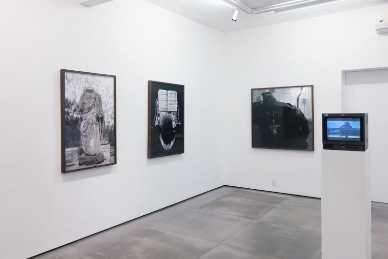 vista da exposição galeria nara roesler rio de janeiro 2016
