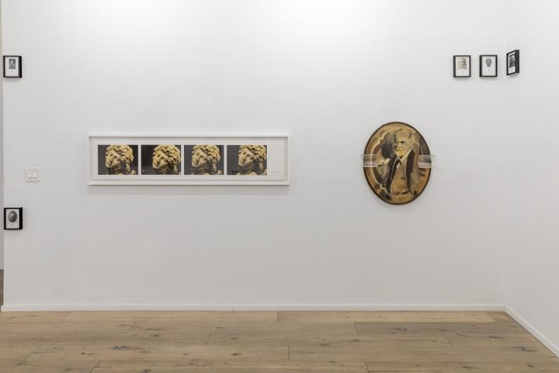 Vista da exposição. Cortesia dos artistas e Galeria Nara Roesler.