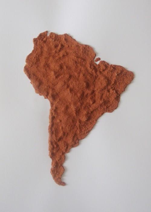 Brígida Baltar América, 2010 pó de tijolo sobre papel 29 x 21 cm