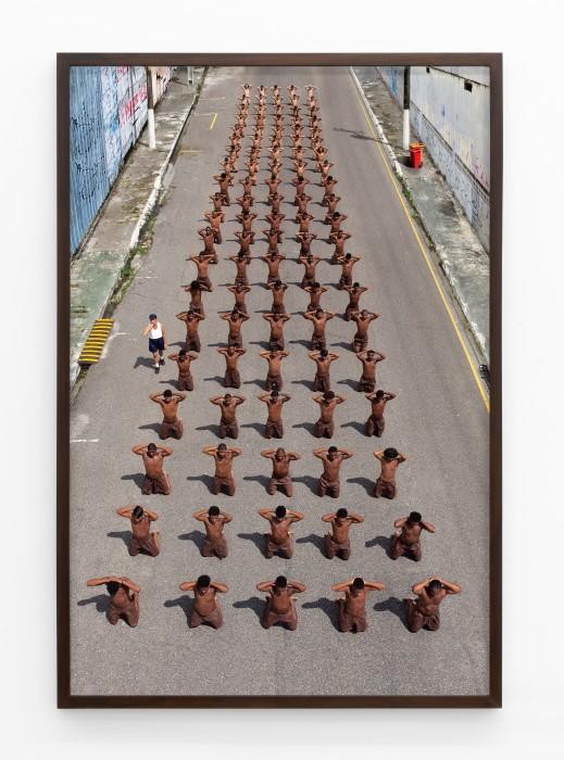 Berna Reale Ginástica da pele # 05, 2019 pigmento mineral sobre papel fotográfico Premium Luster 150 x 100 cm