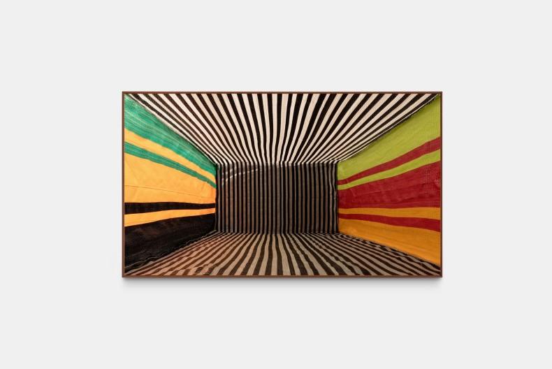 Lucia Koch Goods, 2020 impressão pigmento sobre papel algodão 110 x 190 cm