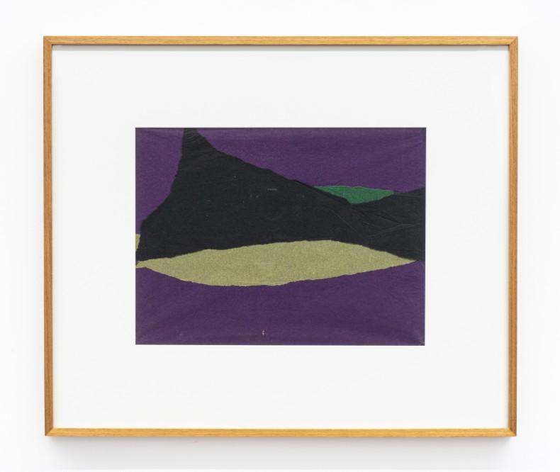 Colagem, 1958-59 sobreposição de papel de seda e papel de arroz tingido 28,4 x 37,2 cm | 11.2 x 14.6 in