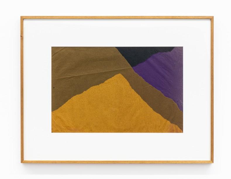 Colagem, 1958-59 sobreposição de papel de seda e papel de arroz tingido 13.2 x 19.9 in | 33,5 x 50,5 cm