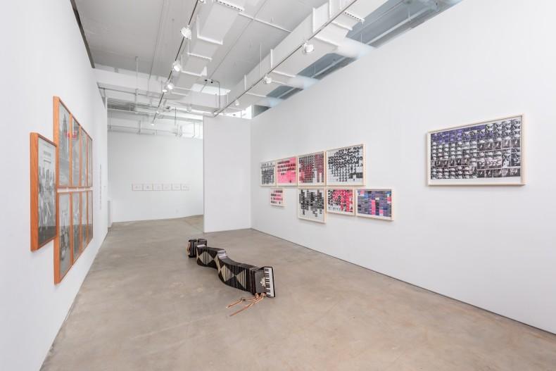 Vista da exposição. Foto ©️ Charles Roussel.
