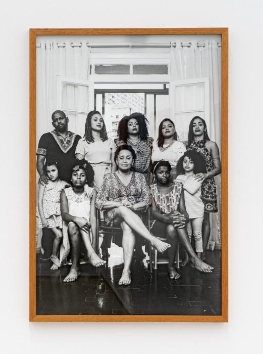 Virginia de Medeiros Carmen Silva Ferreira, Guerrilheiras, da série Alma de Bronze, 2017 impressão jato de tinta em Hahnemühle Photo...