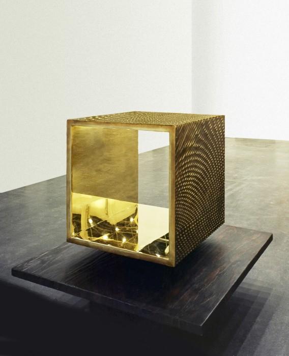 Heinz Mack Open Bronze Cube, 2001 bronze patinado e polido 4 partes de 71 x 71 x 70 cm (cada)...