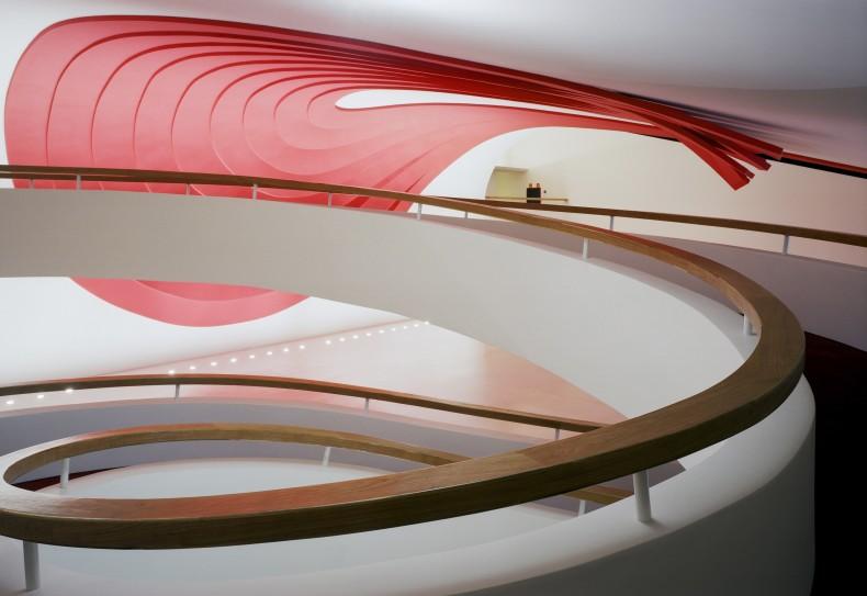 foyer, 2004