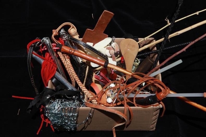 caixa de ferramenta sm - jardim das torturas, 2013