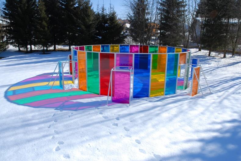 photo-souvenir: capanna rotonda con 7 colori, 2009