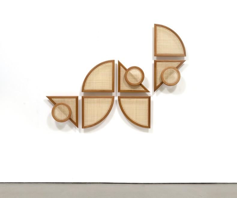 Marco A. Castillo Beltrán # 03, 2021 madeira mogno e vime 155 x 208 x 12 cm